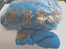 Cascade 220 Turquoise Wool Med Worsted Yarn  Felting l pack of 10