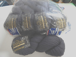 Cascade 220 Charcoal Grey Wool Med Worsted Yarn  Felting l pack of 8