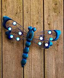 DRAGONFLY Solar Power Lighted Garden Wall Hanging Shed Garage Tree Outdoor Decor