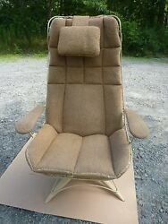 Vintage Mid Century Homecrest Patio Lounge Chair with original tweed cushion