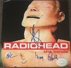 RADIOHEAD FULL BAND SIGNED MINT AUTOGRAPH