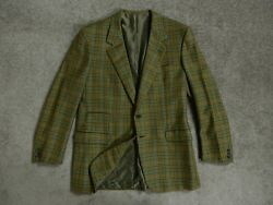 57  BRIONI ROMAN STYLE LENIUS MADE IN ITALY size 48 (PIT to PIT 21 inch)