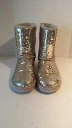 UGG WOMEN SEQUINED BOOTS SIZE 7 38 VERY GOOD CONDITION EXCEPT ONE SMALL TEAR SEE $65.00