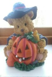 A.C. Moore Halloween Bear In a Witches Hat and Coat with Pumpkin Resin Tealight $10.99