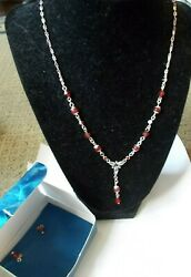 AVON Red Shades of Brights quot;Yquot; Necklace Gift Set Necklace and Earrings $9.99
