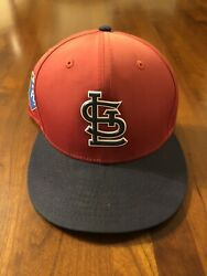 Bill Mueller St. Louis Cardinals Game Used 2018 Spring Training Cap $39.99