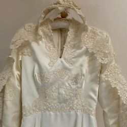VINTAGE WEDDING GOWN ILGWU WITH VEIL SIZE 4 5 GOOD CONDITION BY MAURER $34.00