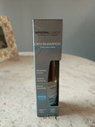 MINERAL FUSION - Dry Shampoo for Light Hair - 0.81 (23 g) $7.90