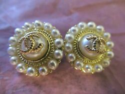 💋💋💋💋💋 Chanel 4 buttons  18mm lot of 4 pearl  gold tone CC four $48.00