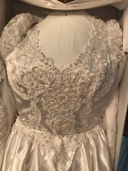Traditional White Satin & Lace Princess Wedding Dress with long train and veil $99.99