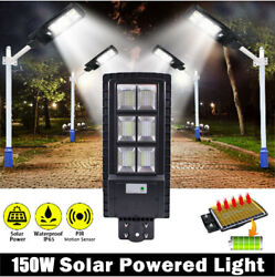 Outdoor Commercial 150W LED Solar Street Light IP67 Dusk to Dawn PIR Sensor Lamp