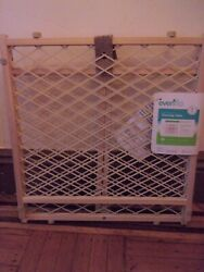 Evenflo Position amp; Lock Safety Gate New Free Pick Up $14.99