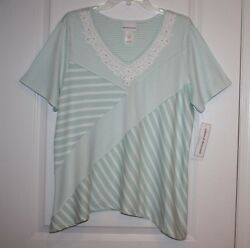 NWT Alfred Dunner Ladies Women#x27;s DayDreamer Top With Bead Accents XL $21.00