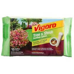 tree and shrub fertilizer spikes 15 count $11.99