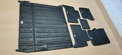 2017 UP Discovery 5 Rubber Floor AND CARGO Mats GenuineS OEM TD6 $350.00
