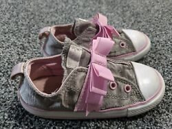 Converse All Star toddler girls 9 SHOES Bow light Pink silver strap slip on EUC $9.98