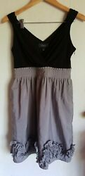 Dressbarn Collection Party Dress Cocktail Size 4 Black amp; Grey Knee V neck Ruffle $24.99