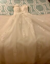 NWOT White Wedding Tulle lace and sequence dress size 6 $100.00