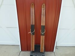 A Vintage SNOW SKIS wood 42quot; child cross country cabin decor wall art antique $75.00