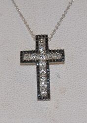 1.00CT BLACK & WHITE DIAMOND CROSS IN 18KT WHITE GOLD