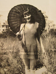 ANTIQUE FLAPPER GIRL TEEN KNEE HIGH SWIMSUIT BATHING BEAUTY UMBRELLA DRINK PHOTO $69.99