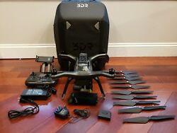 3DR Solo Drone Bundle With Backpack Gimbal GoPro and Extra Battery