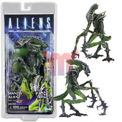 NECA Mantis Alien w Chest Burster 7