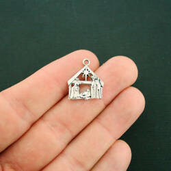 8 Nativity Charms Antique Silver Tone Beautiful Detail XC054 $3.99