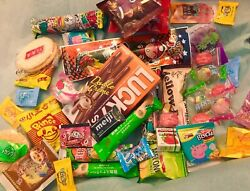ASIAN SNACK BOX 38 pc JapaneseKorean Taiwanese snacks & candy chocopie lotte