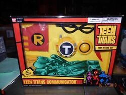 Teen Titans Communicator Box Set Robin Outfit. Mint In Box!! Lights And Sounds