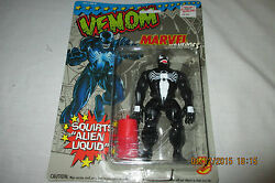 MARVEL SUPERHEROES VENOM Action Figure Squirts Alien Liquid NEW 1993 Toybiz