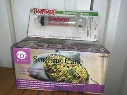 RPI Stainless Steel Turkey Stuffing Cage and Bayou Classic Seasoning Injector