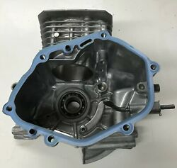 """Honda HRC216 K3HXA Commercial 21"""" Lawnmower Cylinder Crankcase Assembly Used $125.00"""