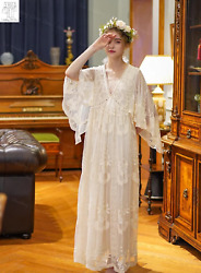 LIMITED EDITION VINTAGE FABRIC : Vintage Wedding Dress Delicate 34 Flare Sleeve