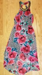 Beautiful Sun Dress Womens Size 10 Or 12 with metal detailing