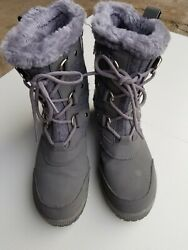 Totes Faux Fur Gray Womens Boots Size 8 $16.95