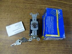 Leviton 1221 2KL Key lock switch