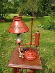 VINTAGE RED ANTIQUE STUDENT DESK TOLE WARE LAMP $32.00