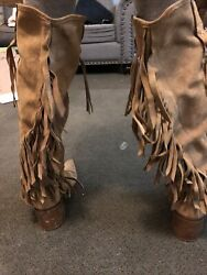Womens 10 Suede Boots Fringe Very Little Wear tear. Not For Lg Calves $19.00