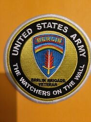 BERLIN WATCHERS ON THE WALL 4quot; Round embroidered patch $6.00
