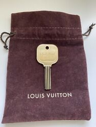 THE BEVERLY HILLS HOTEL AND BUNGALOWS VINTAGE ROOM KEY BEVERLY HILLS CALIFORNIA $200.00