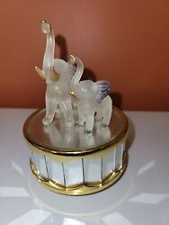 Vintage Glass Elephant Mother And Child Music Box $15.99