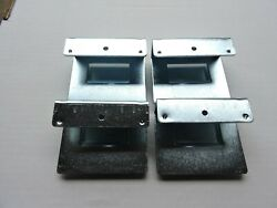 40 PIECES NEW FLEXPIPE AW HANGER FOR 28MM PIPE FOR USE WITH SMALL BINS $30.00