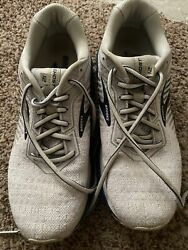brooks ghost 12 mens size 9 $44.00