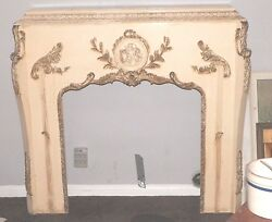 VINTAGE FRENCH ANTIQUE CREAMY IVORY ORNATE FIREPLACE MANTEL CHERUBS GOLD TRIM