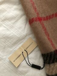 burberry scarf wool used