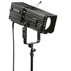 Hensel Wide Angle Superspot 3000 by Digital Photographs