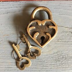 "Ornate Heart Lock Solid Brass With Antique Finish And Two Keys 2"" X 1.25"" $13.99"