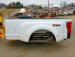 2017 Ford F-350 8' FX4 Off Road Oxford White Truck Bed Tailgate Lights