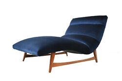 Mid-Century Modern Chaise Lounge Chair